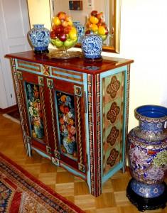 Buffet fleurs et vases chinois
